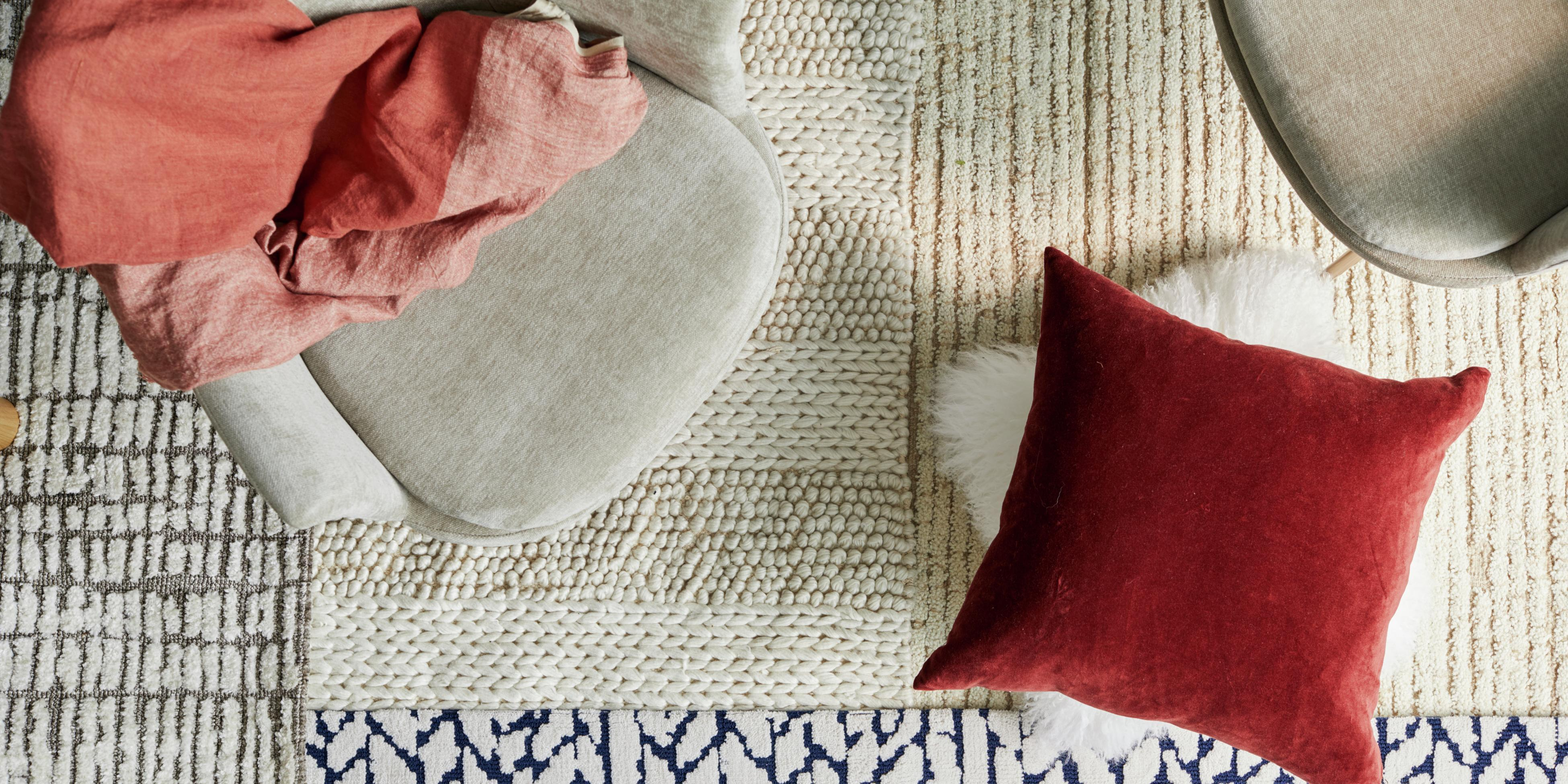 Dining in comfort - cushions, upholstery, curtains and rugs