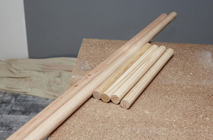 Timber dowels in various lengths.