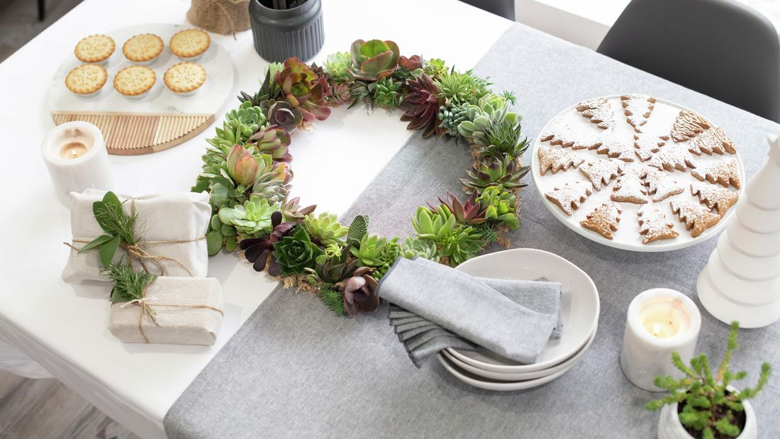 DIY Advice Image - How to make a succulent wreath. G Drive blob storage upload.