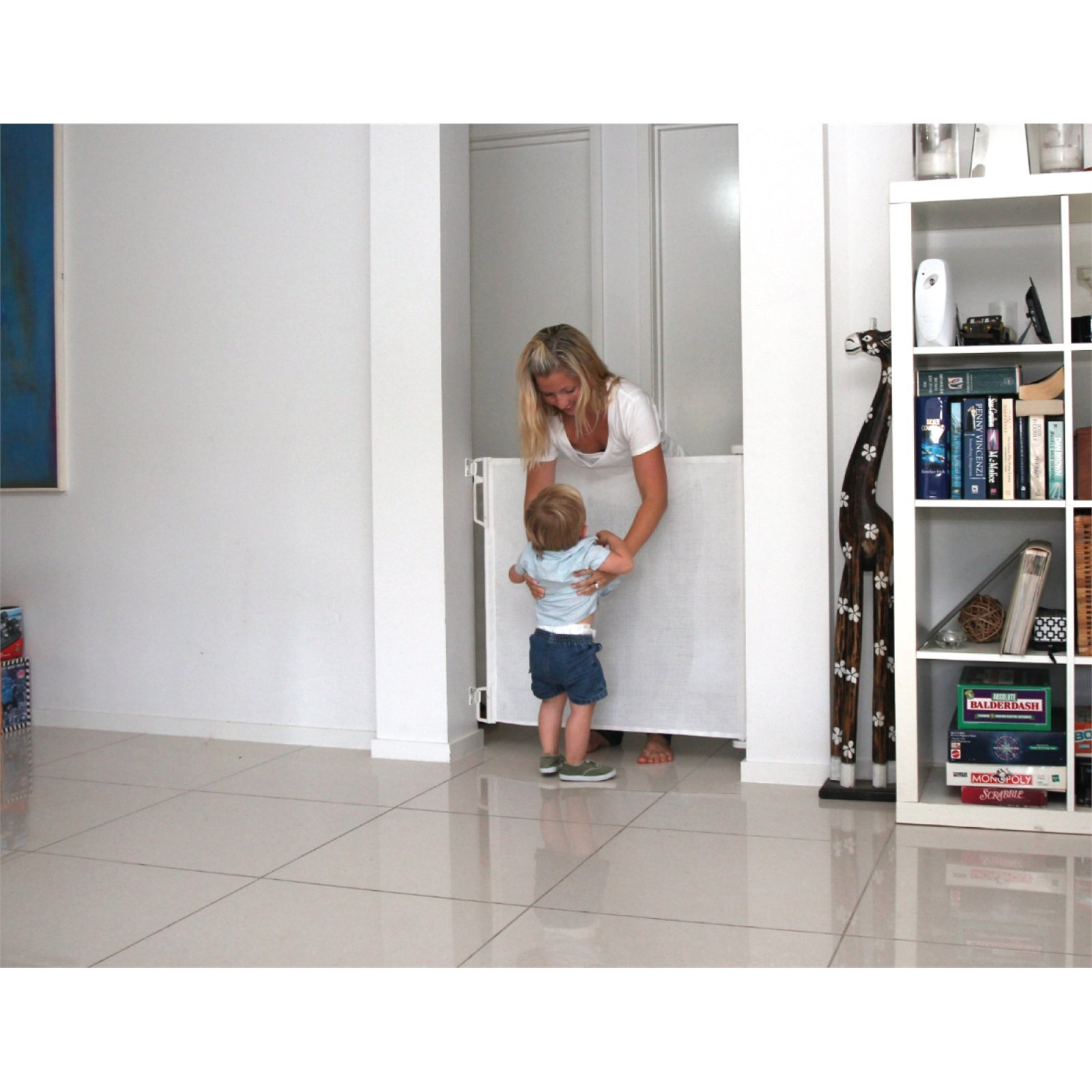 Perma Child Safety Retractable Gate