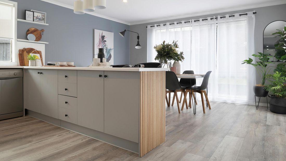 Laminate kitchen cabinets in a kitchen