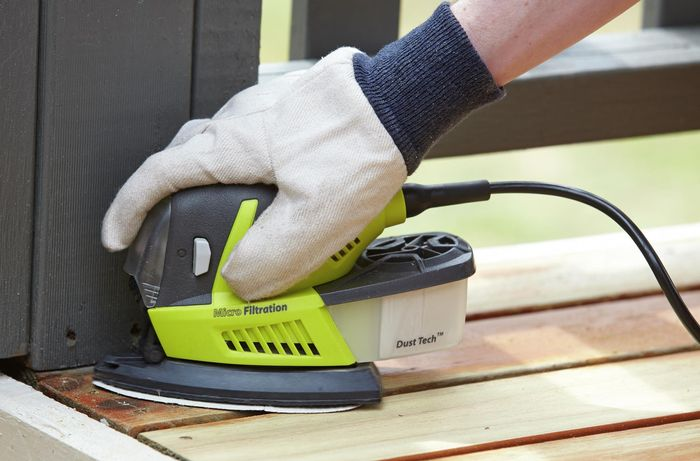 DIY - Step 3 - Use a finishing sander - How to sand a deck