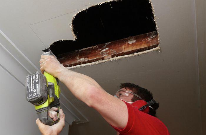 DIY Step Image - How to install a manhole . Blob storage upload.