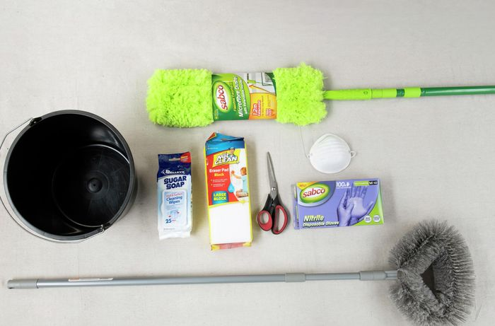 The tools and materials necessary for cleaning walls