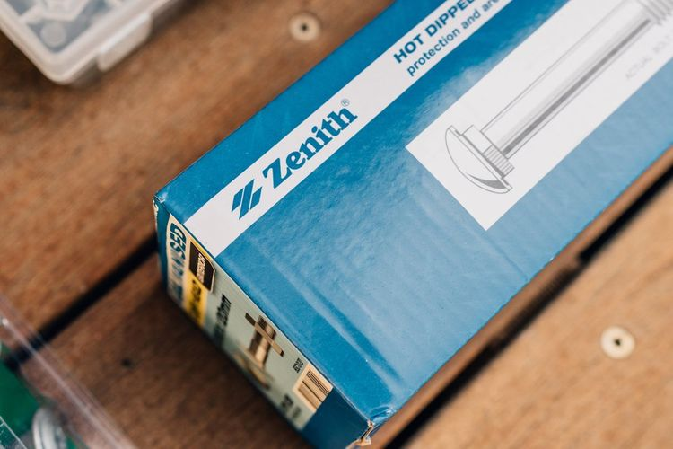 Packet of Zenith bolts