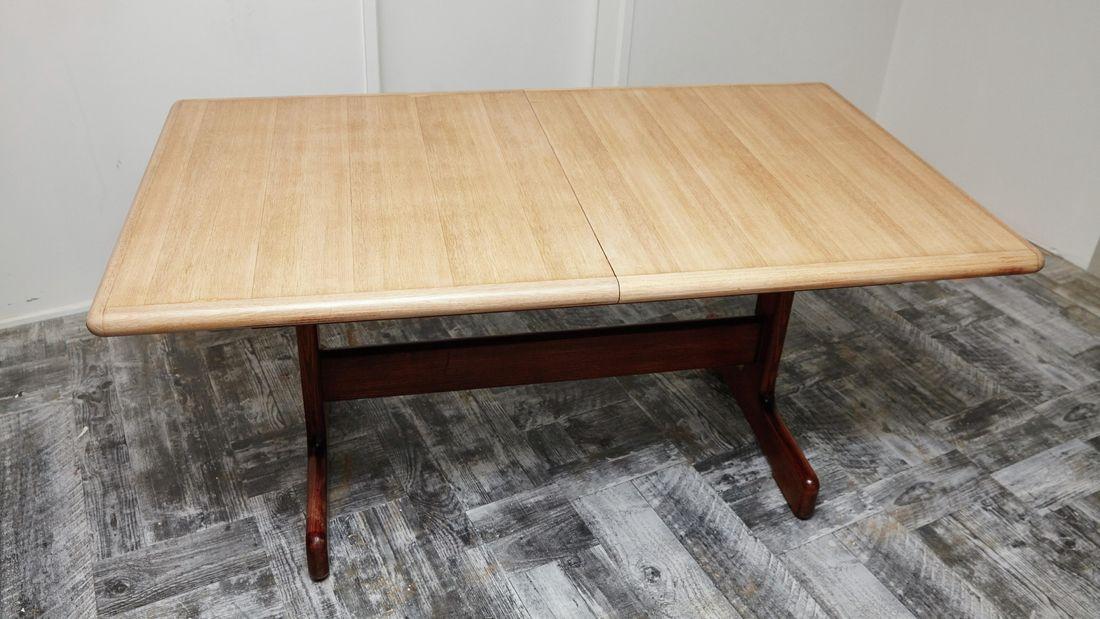 DIY Step Image - How to restore wooden furniture . Blob storage upload.