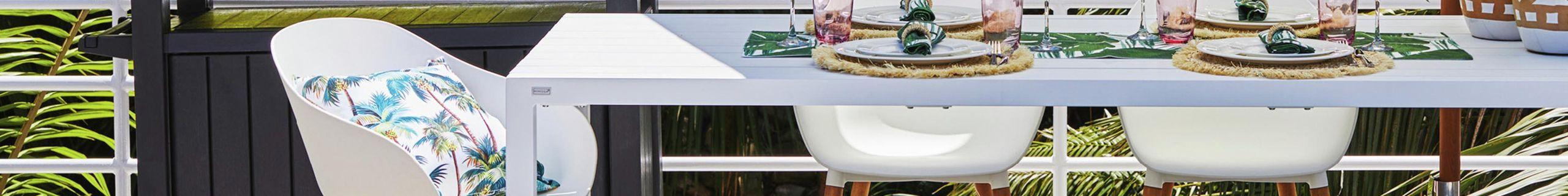 Outdoor Furniture - Outdoor Entertaining - Medium