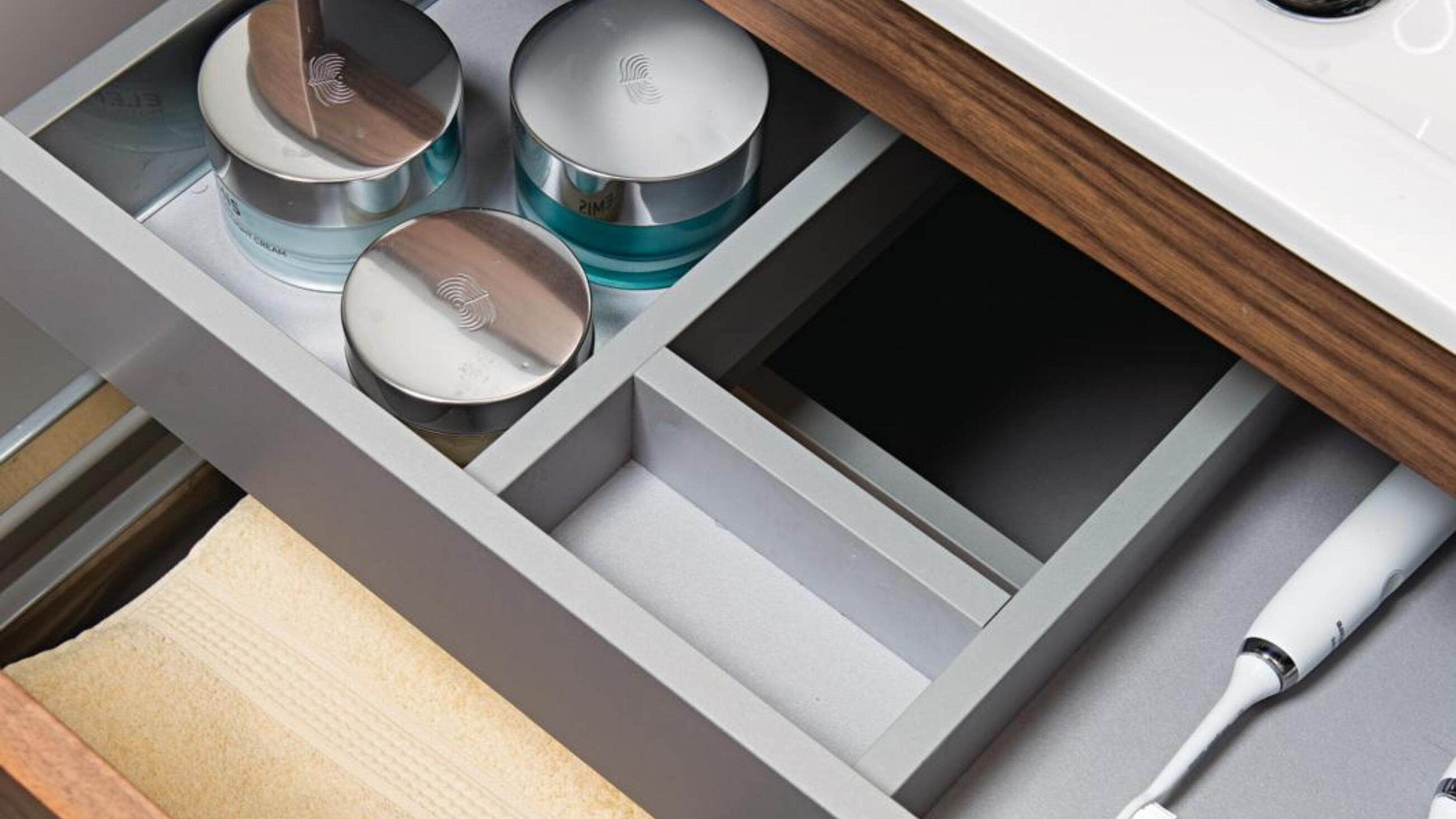 A drawer with drawer dividers