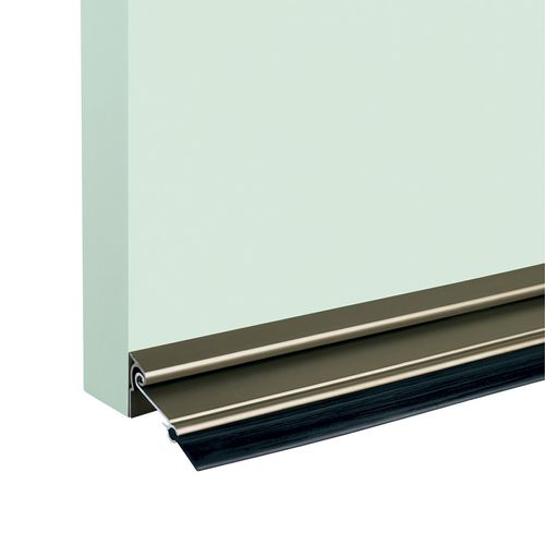 Gainsborough Automatic Door Seal 915mm Silver