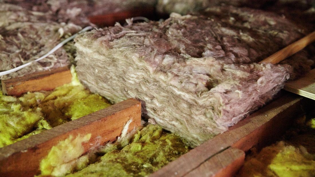 Insulation batts between rafters in a roof space